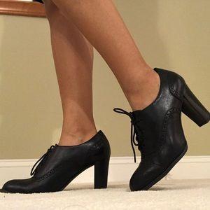 Franco Sarto Bridget Oxford Style Booties 8M